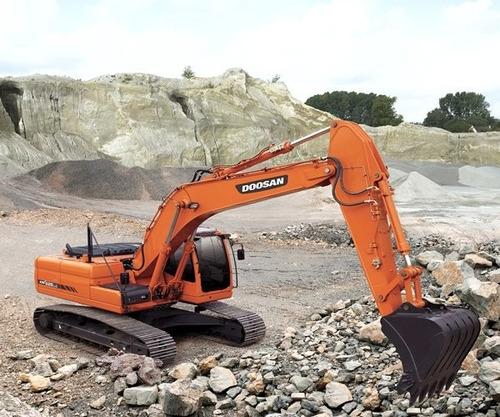 excavadora doosan dx 225 lca 0 km retroexcavadora