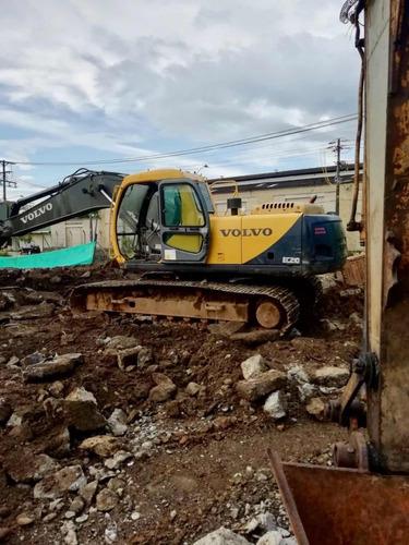 excavadora volvo