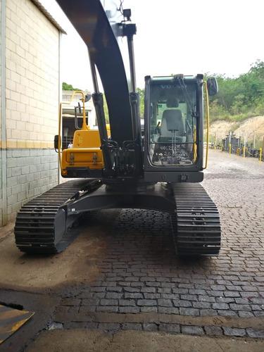 excavadora volvo ec220dl ano 2015 3.590hs.