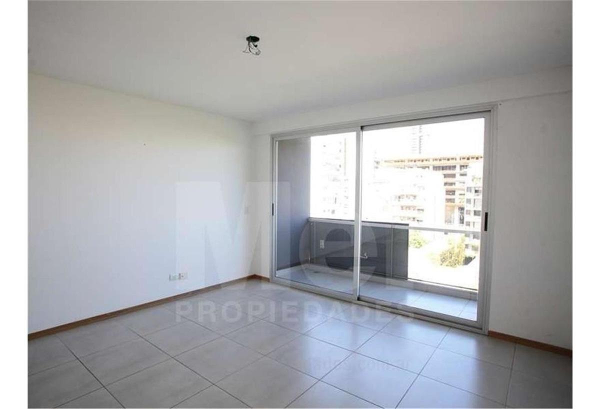 excelente  2 ambientes  pasante  piso alto  al frente en edi