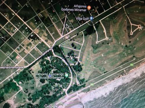 excelente !!!  2 terrernos contiguos miramar parque bristol