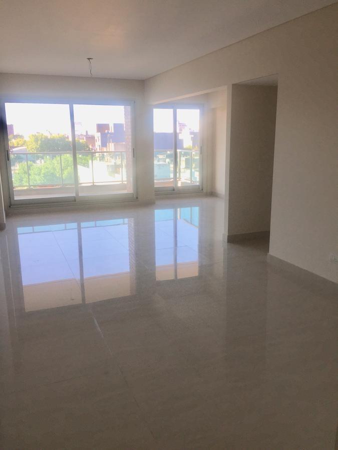 excelente 3 amb c/escritorio, balcón, cochera, baulera y amenities