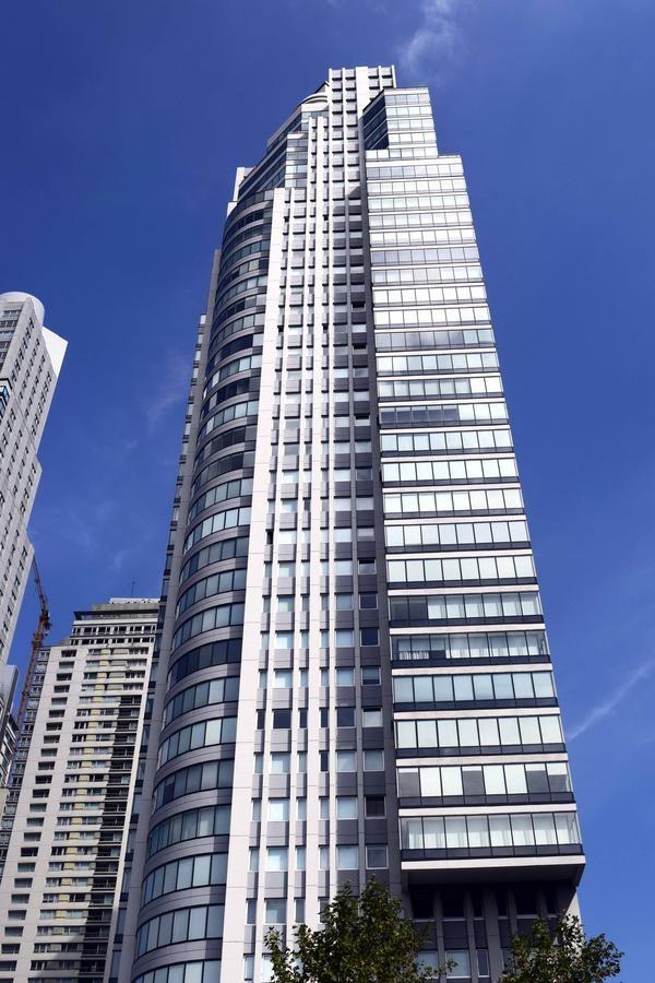 excelente 3 ambientes con amenities en torre reinor i puerto madero