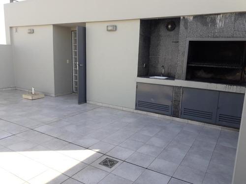 excelente 3 ambientes con cochera baño y toil balcon aterraz