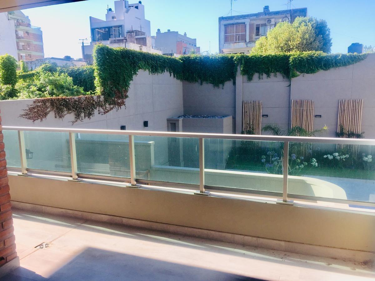 excelente 4 amb, balcón, cochera, baulera y amenities