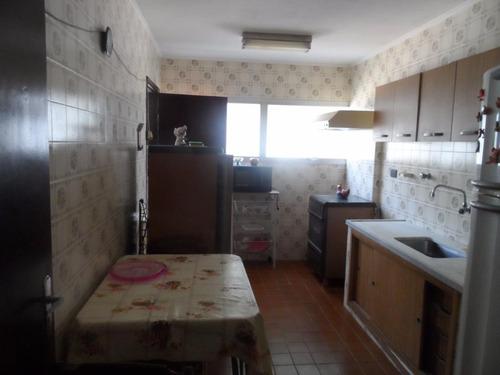 excelente apartamento 2 dormitórios com dependência - locação anual - tombo - guarujá - ap1152