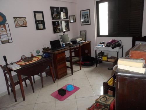 excelente apartamento 3 dormitórios - prédio frente mar - astúrias - guarujá - ap1074
