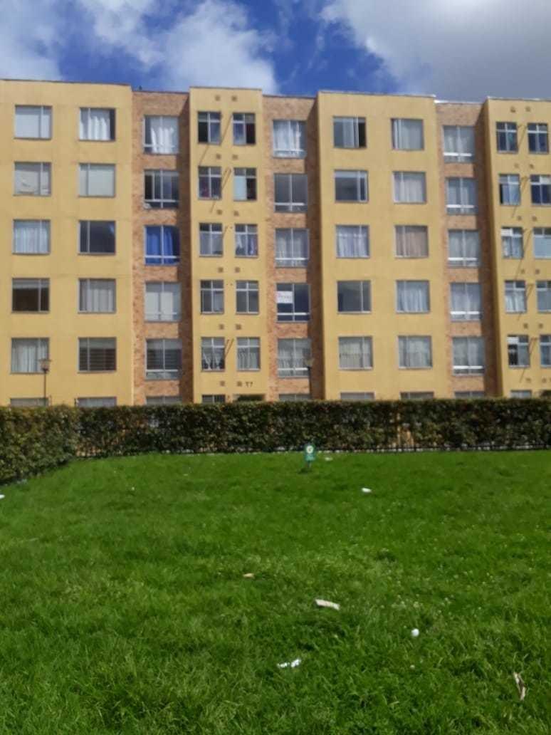 excelente apartamento (3)  piso iluminado vista a parque