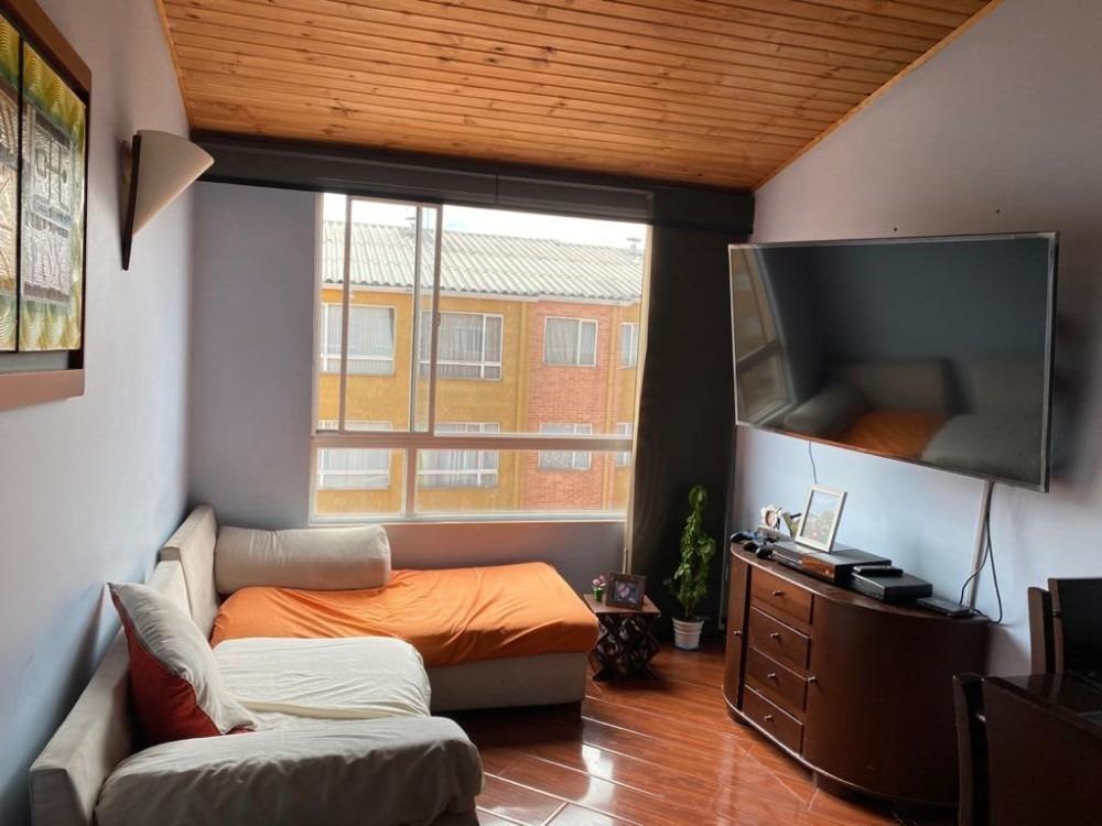 excelente apartamento bien ubicado