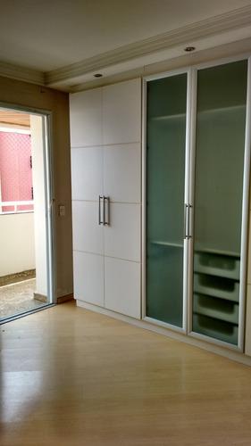 excelente apartamento com 04dorm(02suítes) e 04 vagas