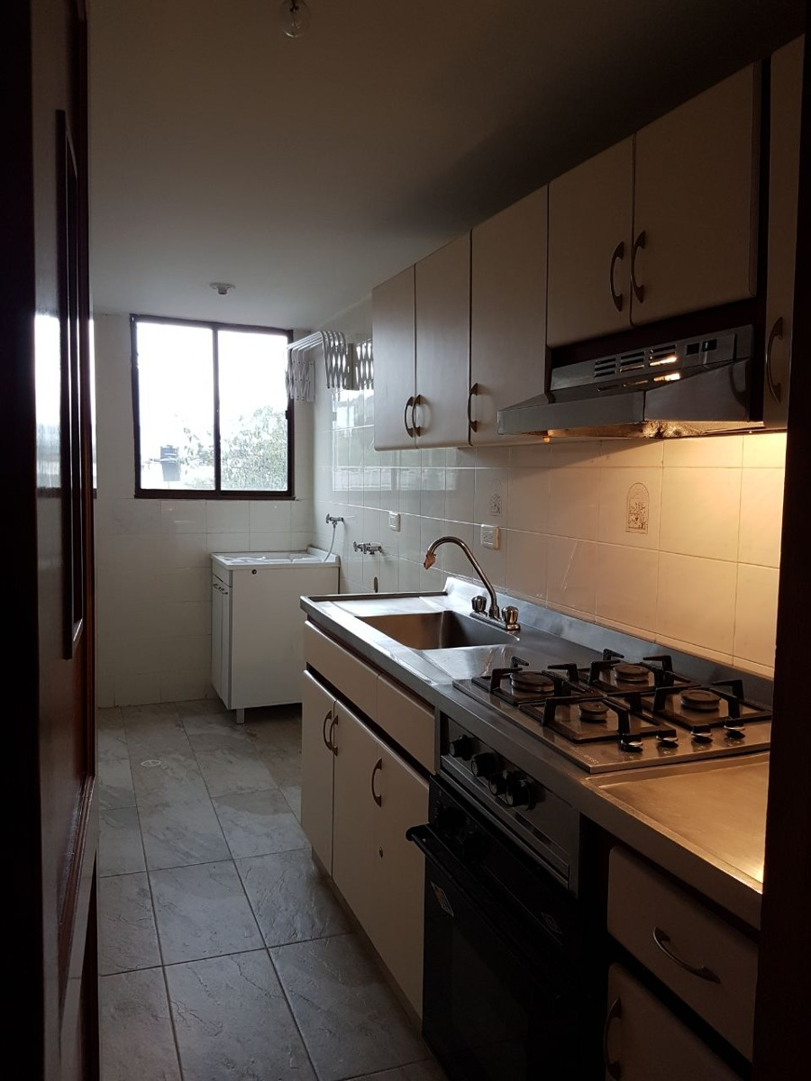 excelente apartamento en el barrio pasadena