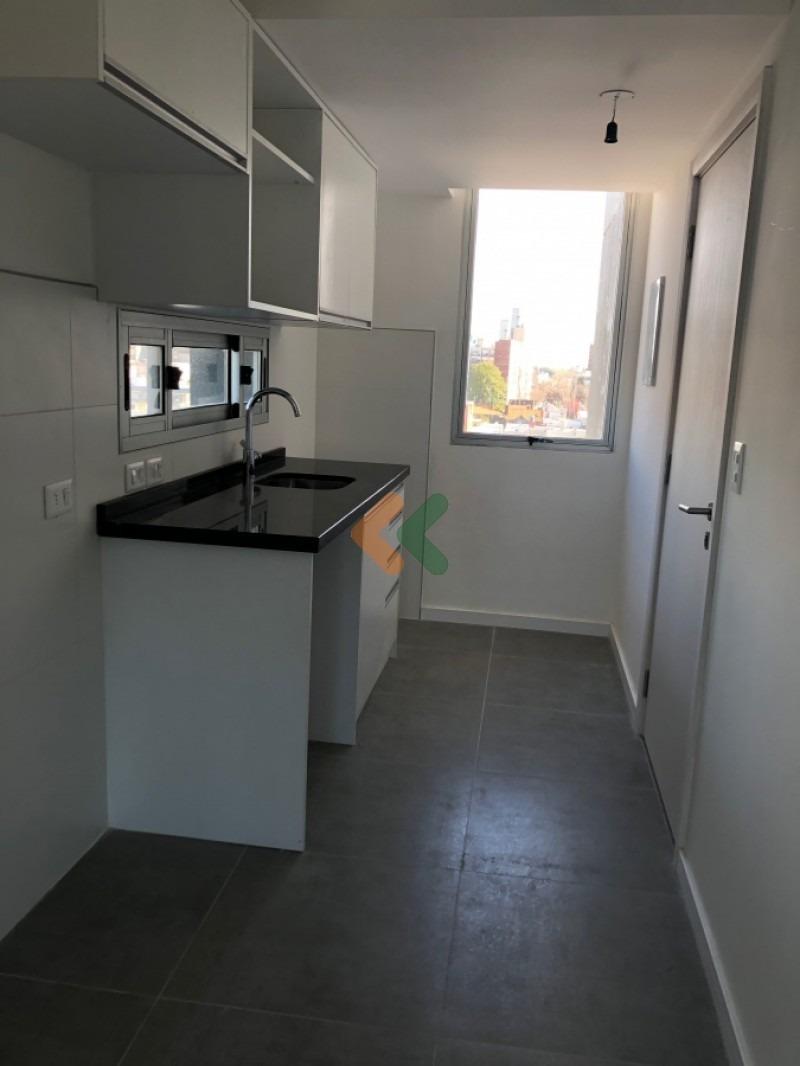 excelente apartamento en parque batlle a la venta- ref: 6195