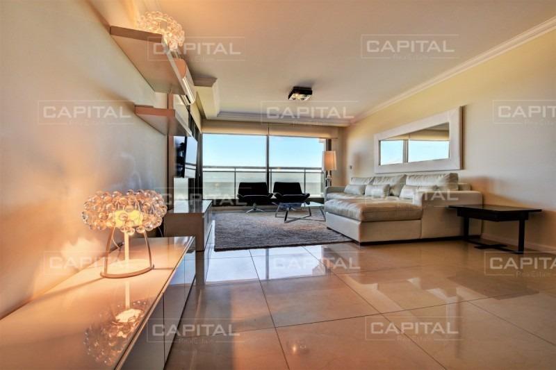 excelente apartamento en torre de categoría, imperiale, playa brava parada 1-ref:26723