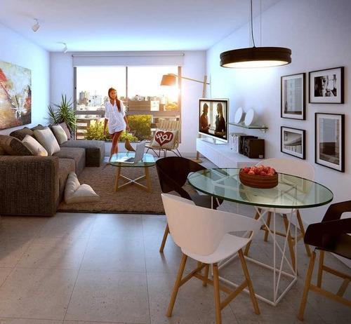 excelente apartamento, gran calidad de diseño y construcción.