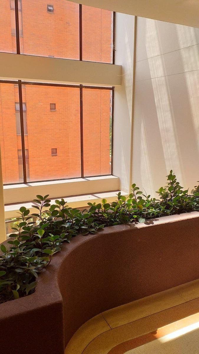 excelente apartamento, vista natural y muy tranquilo