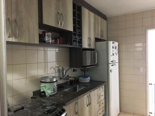 excelente apto com 2 dormitórios com armários. ref 79541