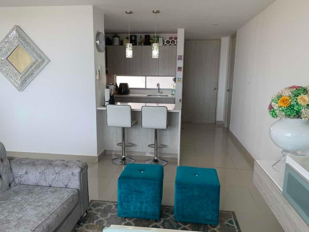 excelente apto ubicado en piso 10 de 107m2 - 3 hab, 3 baños