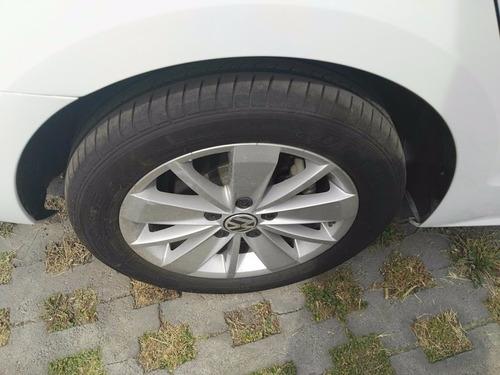 excelente auto