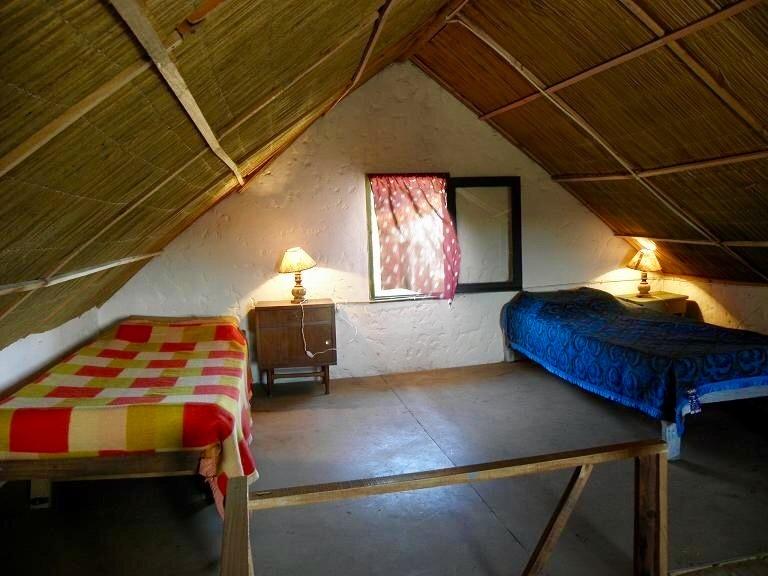 excelente cabaña, a 50 mt. de la playa y a 100 mt.del arroyo