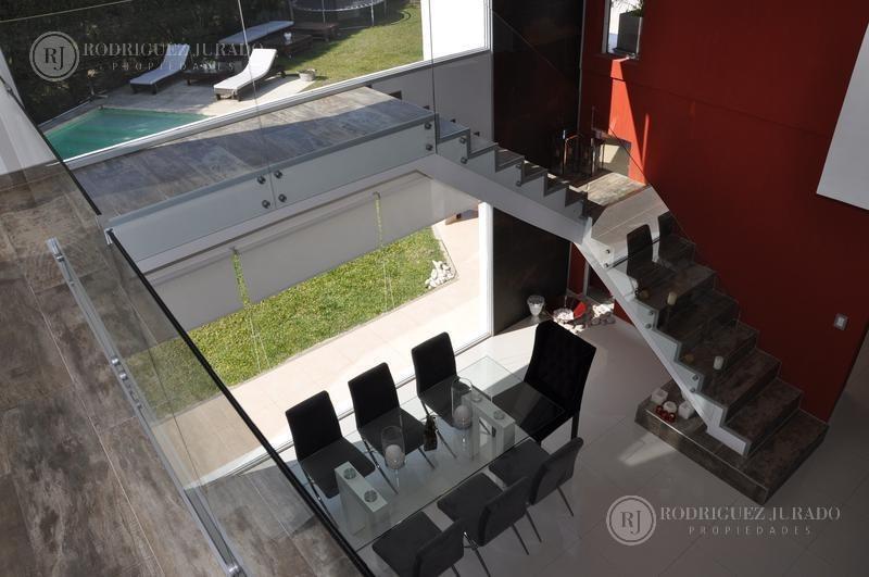excelente calidad !!! casa moderna en san isidro labrador - villanueva - tigre