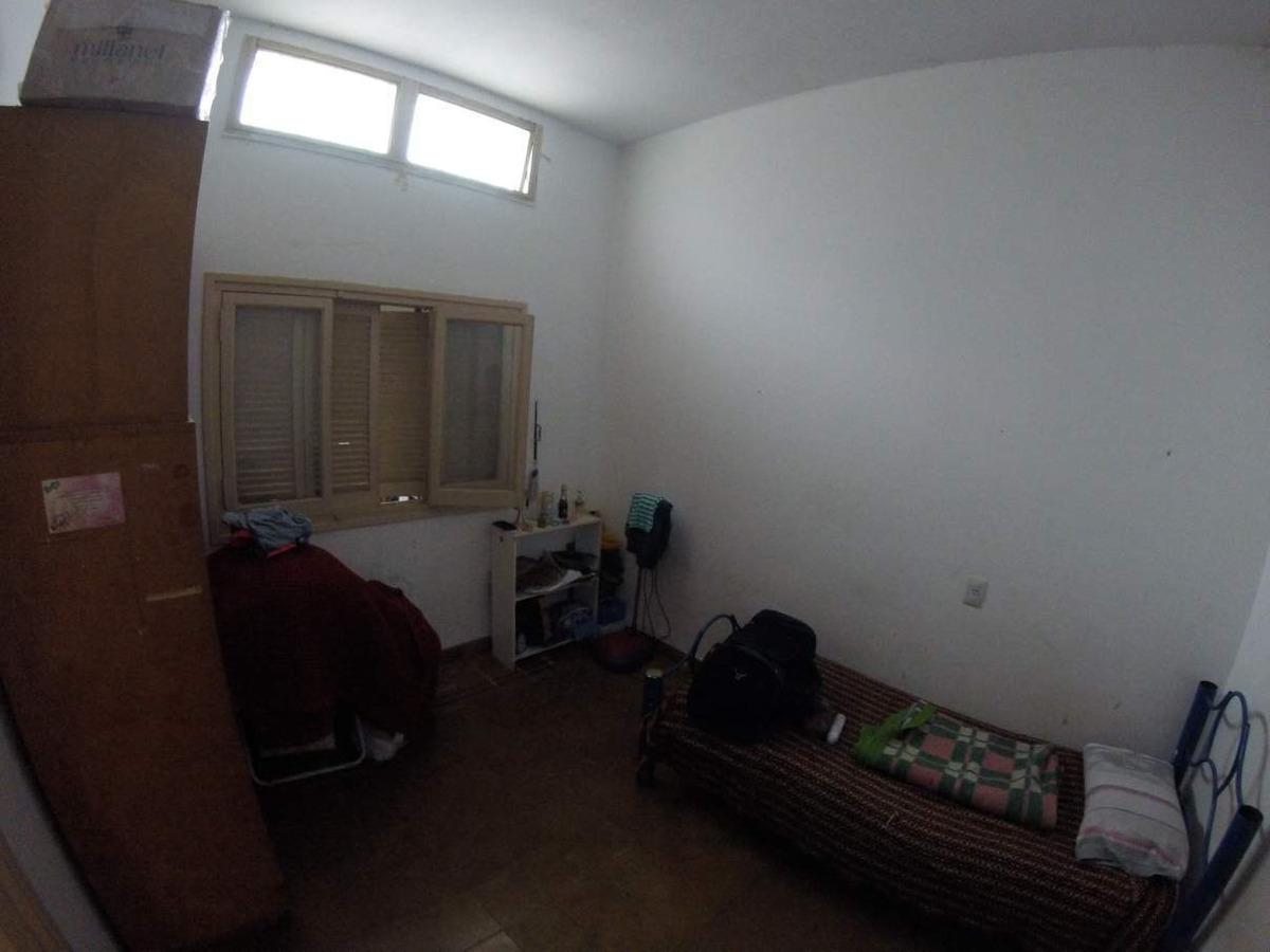 excelente casa - 3 d 1 b - patio - c/departamento