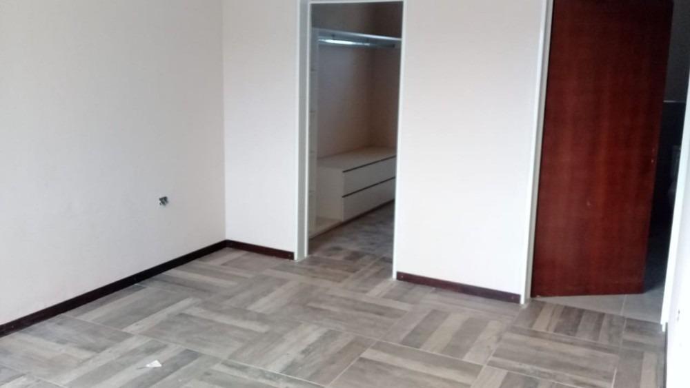 excelente casa 3 dormitorios villa catalina - sobre e 53