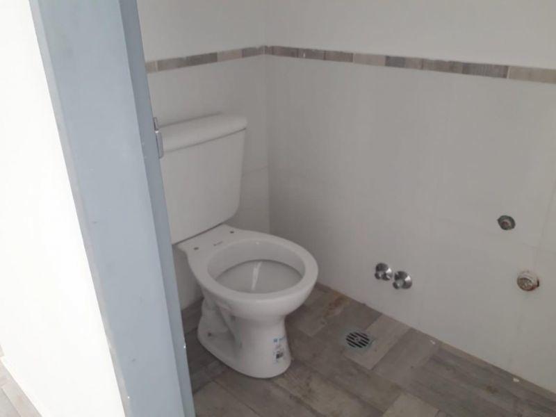 excelente casa 4 ambientes en complejo cerrado