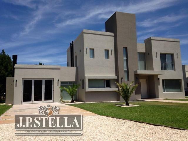 excelente casa 5 amb c/garage 2 autos - pinamar - barrio la herradura