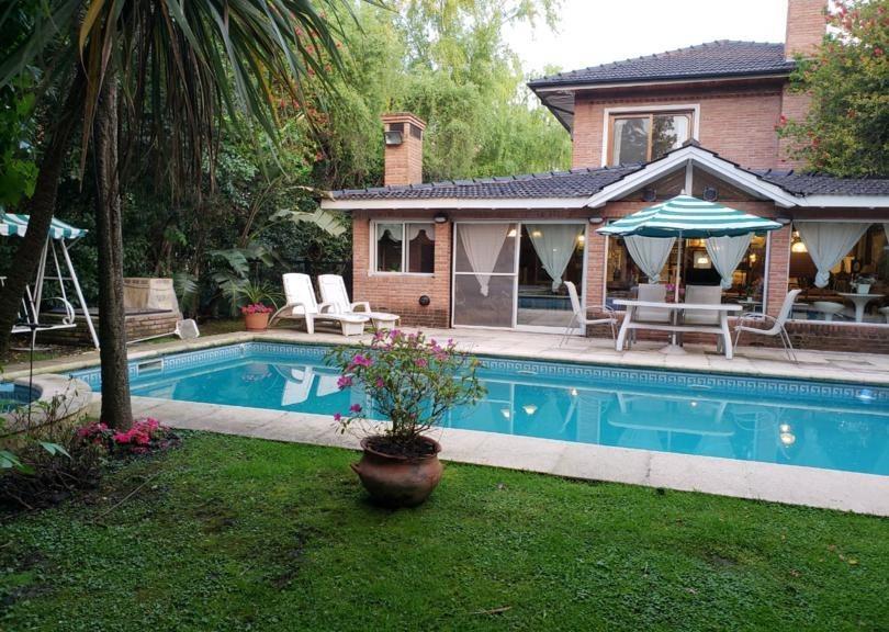 excelente casa 5 amb! pilar del lago! detalles de calidad!