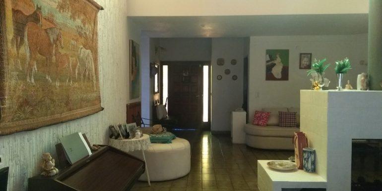 excelente casa a la venta en zona micro centro de jose c paz