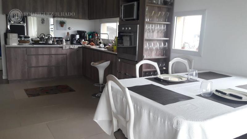 excelente casa a laguna amplia san gabriel - villanueva - tigre