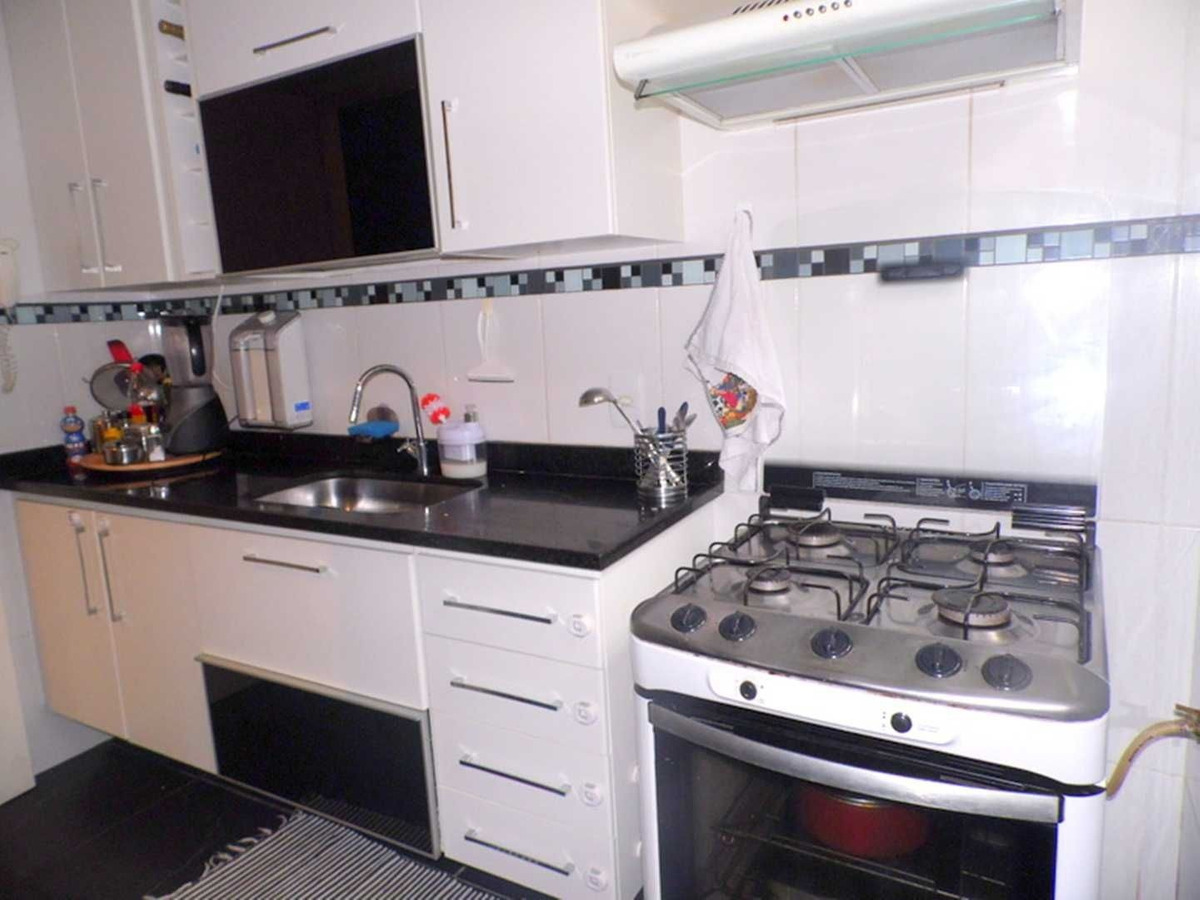 excelente casa ampla e arejada em condomínio com área de lazer! - c4859
