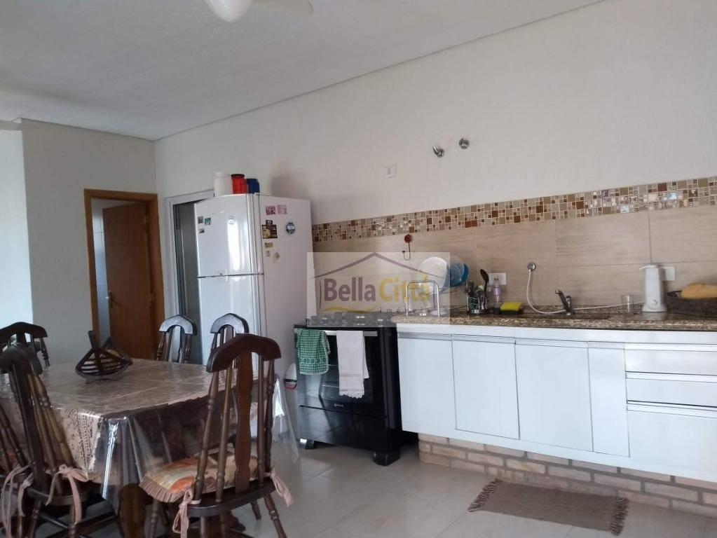 excelente casa com 3 suítes, 248 m² de construção no condomínio veredas - ca0648