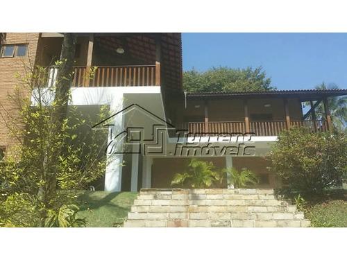 excelente casa com quintal amplo na zona sul
