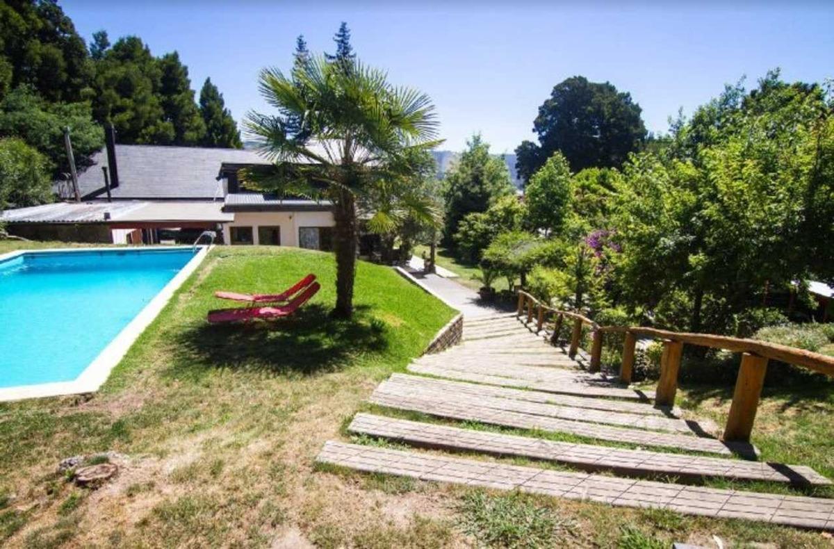excelente casa con bello jardín