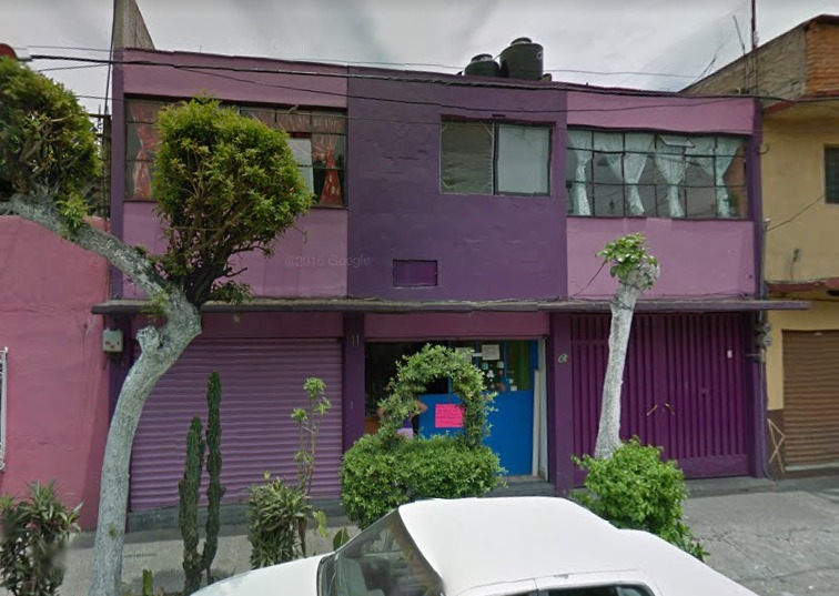 excelente casa con dos locales, en remate bancario!!
