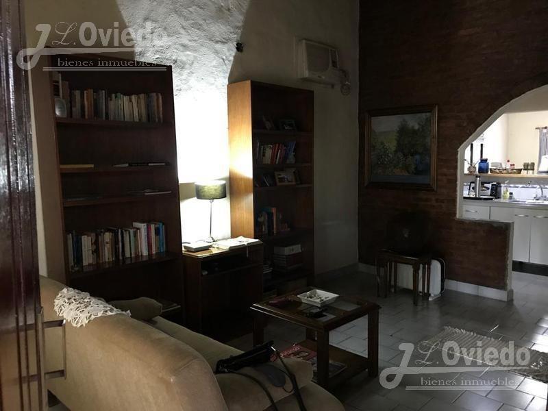 excelente casa de 2 dormitorios en ituzaingo of 1559
