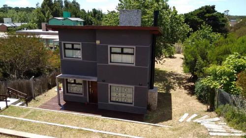 excelente casa de 2 plantas - las gaviotas
