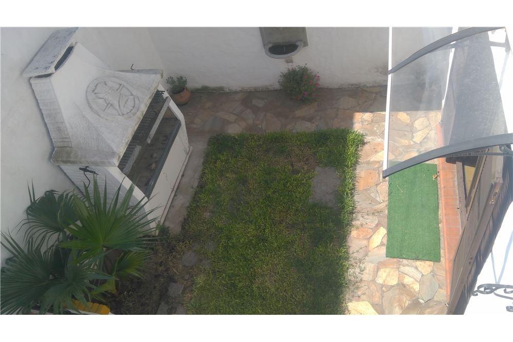 excelente casa de 3 dormitorios c/patio-parrillero