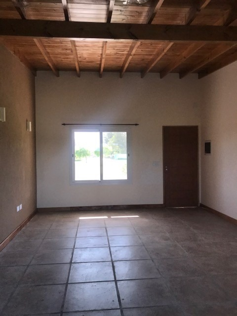 excelente casa de 4 ambientes en venta en san ramiro