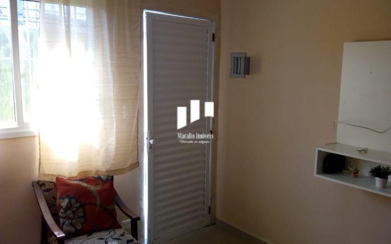 excelente casa de condomínio com 1 dormitório próximo ao mar