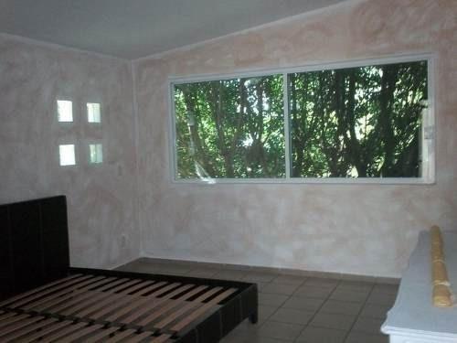 excelente casa de una planta amueblada en renta ubicada en villas del meson !!