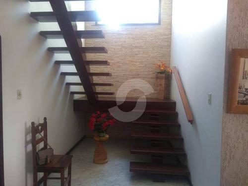 excelente casa duplex 4 quartos, sendo 3 suítes, em saquarema, com vista para a igreja e a lagoa. - ca1429