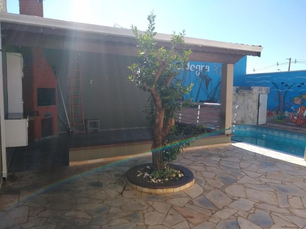 excelente casa em boituva com piscina