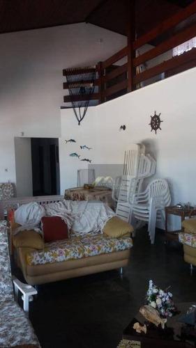excelente casa em itanhaém/sp, com 06 suítes,06 vagas de garagem , próximo ao mar  e comércio local. - ca0155