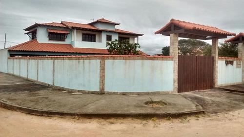 excelente casa em praia seca esperando para conquistar você.