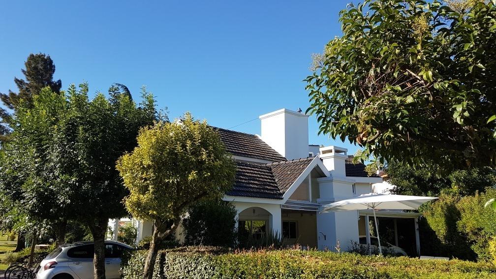 excelente casa en barrio privado el sosiego  excelente ubic