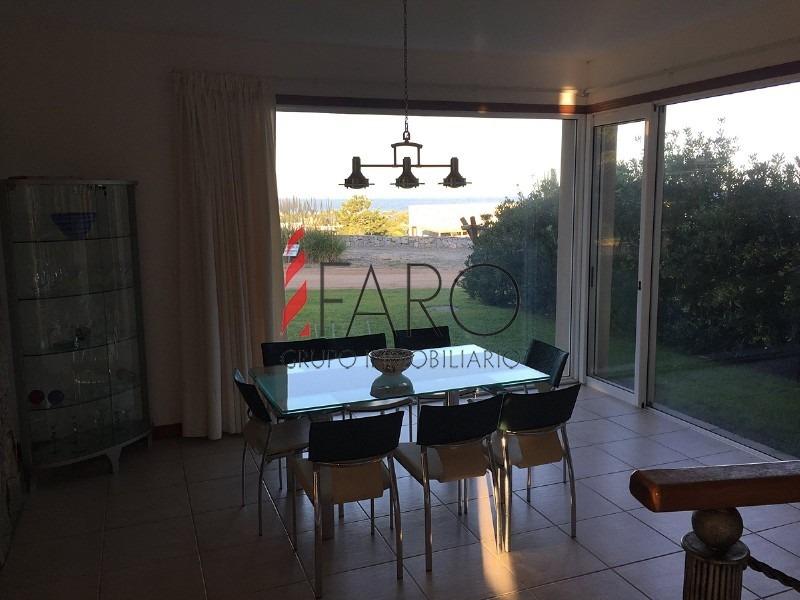 excelente casa en barrio privado en josé ignacio con vista al mar y muy buena construcción-ref:34277