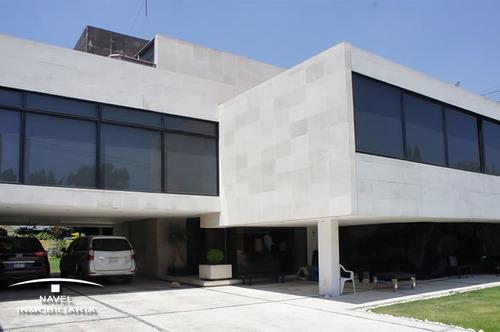 excelente casa en calle cerrada con vigilancia, cav-4168