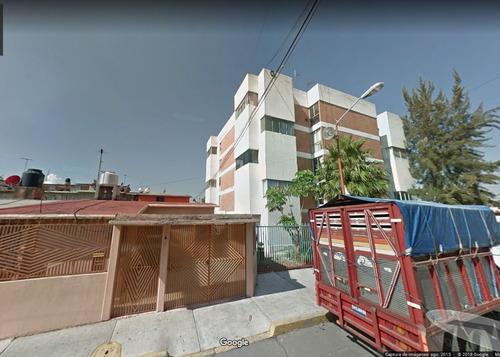 excelente casa en condominio, avenida bellavista, iztapalapa